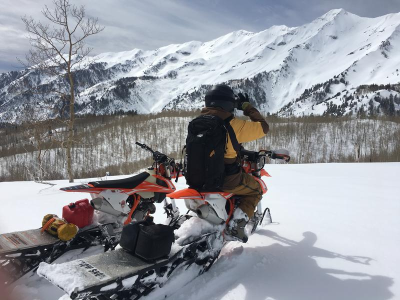 """""""Another large recent avalanche was spotted one bowl south of Middle Basin. This looked to be confined to the new snow (mid pack) and was likely 2-4' deep and roughly 1,300' feet wide running 3,400' vertical feet."""""""